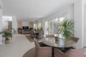 boracay villa Livingroom 3
