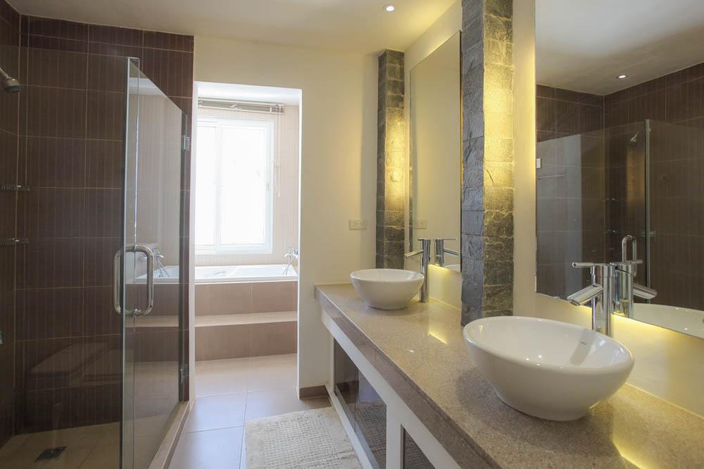 Boracay Master bathroom