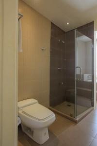 Boracay villa Master bathroom 1a