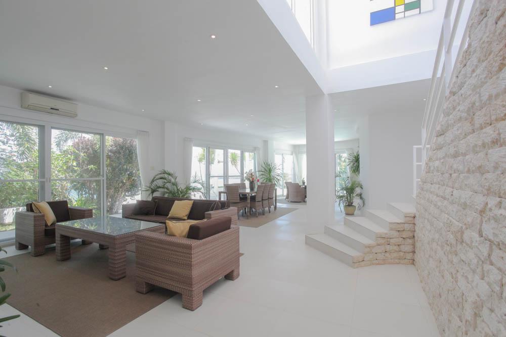 boracay white Livingroom